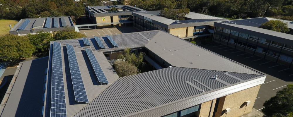 Specialising in Large Metal Deck and Insulated Panel Roofing Projects Across the NSW and Sydney Region.